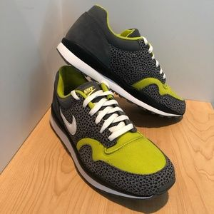 new style 4dcd4 1ab0a Men s Nike Safari Shoes on Poshmark